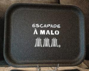 "PLATEAU ""ESCAPADE A MALO"" NOIR"