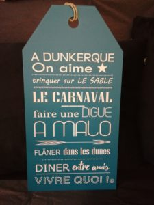 "ETIQUETTE ""A DUNKERQUE, ON AIME …"" BLEU CANARD"